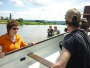Das Drachenboot muss  aus dem Wasser raus.