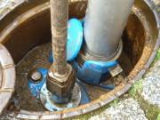 Der im Boden eingelassene  Hydranten-Anschluss